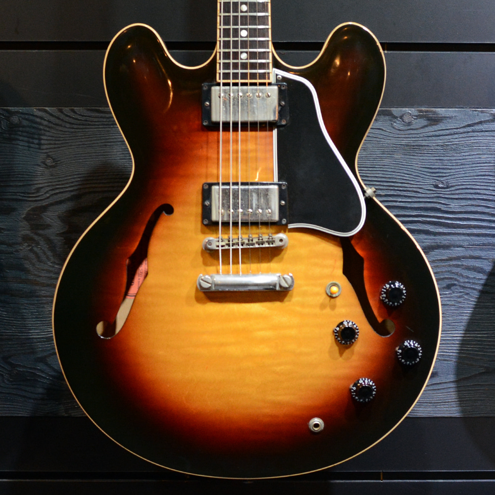 [중고] Gibson ES-335 Figured SunBurst 2005'